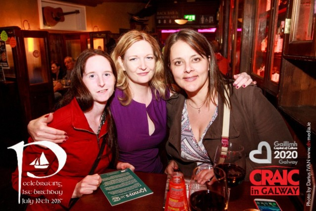 The CRAIC in An Púcan Friday 26th June. #IBackGalway #CRAICinGalway www.anpucan.ie! Turn your picture to a personalised novelty photo gifts as Mugs, Puzzles, Mouse Mats, Phone covers, Keyrings, Coasters, Clocks, Photo Panels, iPad covers at www.blueprints-express.com in Liosbaun Estate on the Tuam Road in Galway!