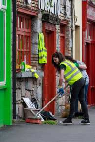 Glan Cleaning of the Galway's West End