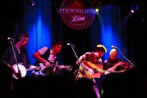 We Banjo 3 in @MonroesLive with the 4 Men and a Dog. Thursday 14th January 2016!