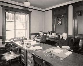 Office-Old-Men-in