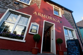 Armorica opened officialy in Oranmore. New management, updated every detail of the gastro business on Main Street of the town. New name, new decor, new style, new menu and the very new spirit of the restaurant, following the most rescent French movement of a Bistronomy. Owners Nicholas and Natasha believe a combination of the Bistro and Gastro is the way for a sparcle in the dining scene of east Galway. The first official bistro style evening in Armorica with delicious canapes, wine and musical entertainment by Blues artists, Alex de Vree & Erwan le Fichant. Mighty Craic... Photo by Darius Ivan www.divmedia.ie