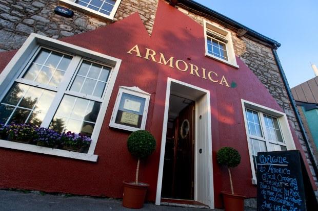 ARMORICA OPENING NIGHT THURSDAY 25-3259