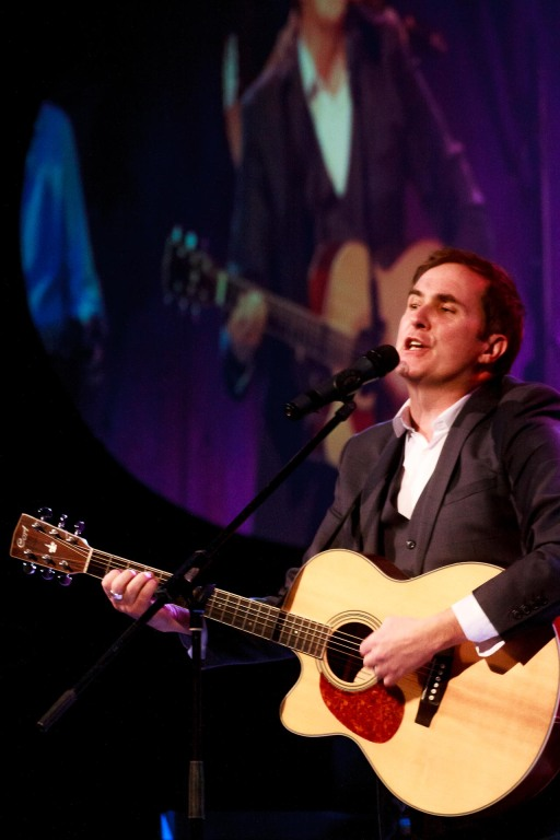 Mark Roberts with his interpration of Ed Sheeran's Galway Girl at the final show of the 13th season at 'Trad on The Prom' | Ireland's No.1 Music, Dance and Song Show 2017 in Leisureland Galway. Photo by Darius Ivan