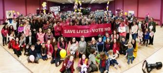 LOVE BOTH VOTE NO Leisureland Galway 5th April 2018 Photo by Darius Ivan www.divmedia.ie